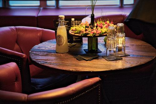 Partyservice ausgefallene Tischdeko
